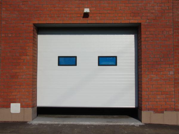 Промышленные секционные ворота DoorHan на проем 3000х3100(h) мм.