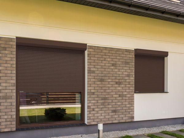 Рольставни витринные DoorHan из пенозаполненного профиля перфорированного RH58PN