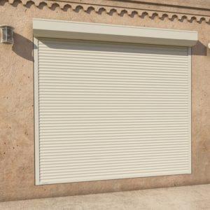 Рольставни витринные DoorHan из стального профиля RHS52