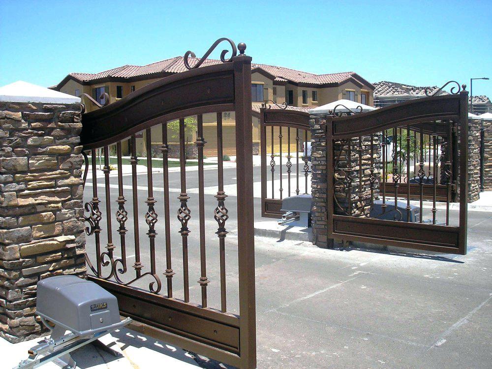 Распашные ворота цена