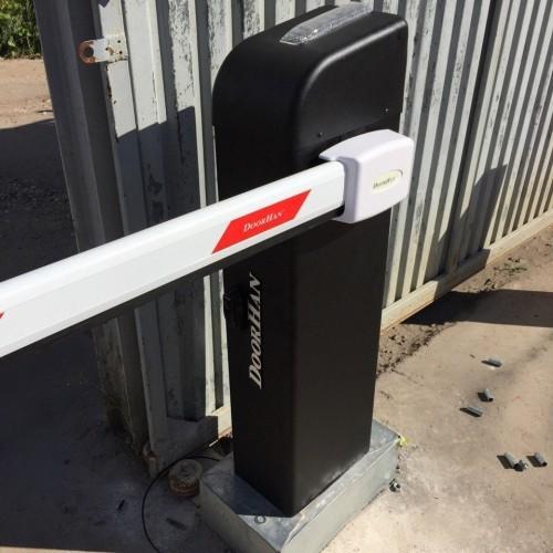Комплект шлагбаума DoorHan Barrier-PRO-5000 со стрелой 5м