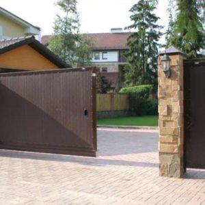 Уличные откатные ворота DoorHan 4000x2100(h)